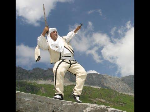 Agron Bajrami - Agi,  Homazh Artistik (видео)