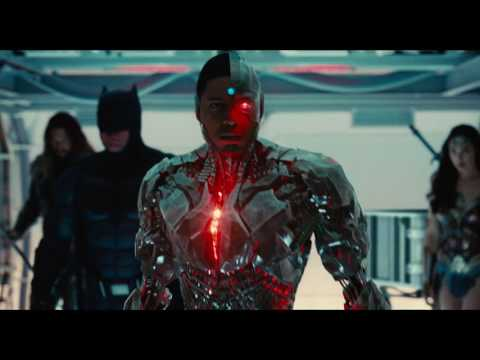 Justice League Official Trailer 2- Extra Dialogues From Aquaman