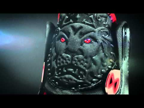 Video: Nike Air Max LeBron VIII – A Detailed Look