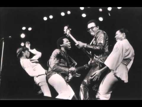 chic - I do not own the picture or the songs here. 0001 - Chip Off The Old Block 00:00 0002 - You Can't Do It Alone 04:58 0003 - Everybody Dance 09:40 0004 - At Las...