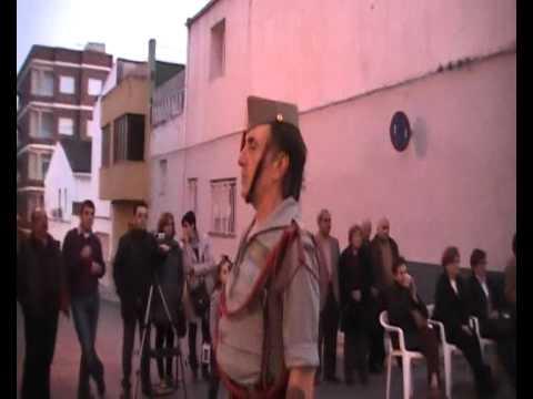 Los Legionarios de Alcoy y Valencia en Aielo de Malferit y nuestra amiga Lala cantando.wmv