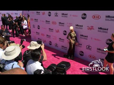 Sibley Scoles arriving at the 2016 Billboard Music Awards