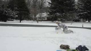 "The Making of A Snowman (Time Lapse) - Feist ""1, 2, 3, 4"""