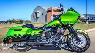 8. 2017 Harley Davidson® FLTRXS   Road Glide® Special