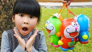 Video Learn Colors with Funny Kid! Surprise Eggs Candy Doraemon Finger Family Song Nursery Rhymes MP3, 3GP, MP4, WEBM, AVI, FLV Agustus 2018
