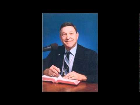 Dr. Walter Martin interviews former members of the Church of Scientology