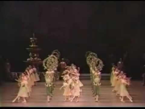 2-Sleeping Beauty-花輪のワルツ(村人たちの大ワルツ)