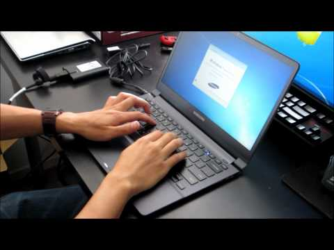Samsung Series 9 notebook - Unboxing and First Boot