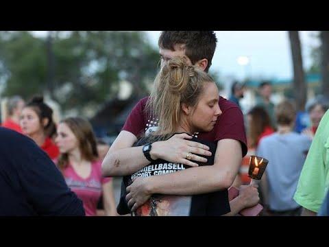 Τέξας: Τελετές μνήμης για τα δέκα θύματα του μακελειού σε σχολείο…