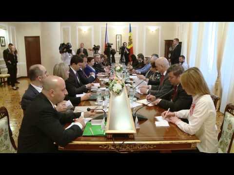 Președintele Nicolae Timofti a avut o întrevedere cu premierul ceh, Bohuslav Sobotka