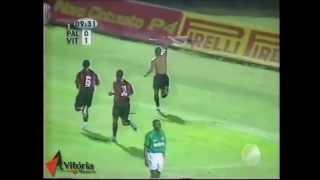 """O nosso Tópico chamado de """"Um nome na História"""" relembra um dos maiores jogos da história do Esporte Clube Vitória."""