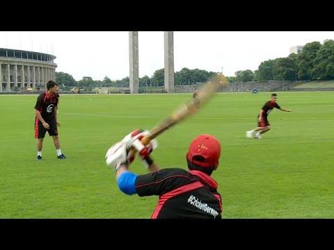 Γερμανία: Το κρίκετ ενώνει και συμβάλει στην ένταξη των προσφύγων