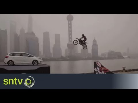 Tricks and flips on the Shanghai Bund