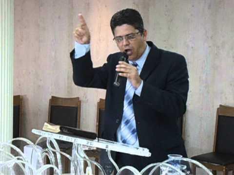Igreja Evangélica em Conselheiro Lafaiete AD Ministério Rochedo