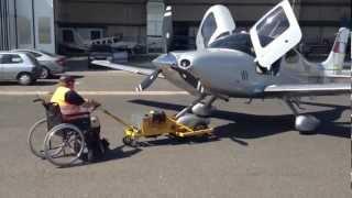 Cirrus SR22T OK-VIK Wheelchair Pushback