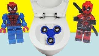 Video Örümcek Adam Spiderman ve Deadpool Stres Çarkını Tuvalete Düşürdü | Oyuncak Oynuyorum MP3, 3GP, MP4, WEBM, AVI, FLV November 2017