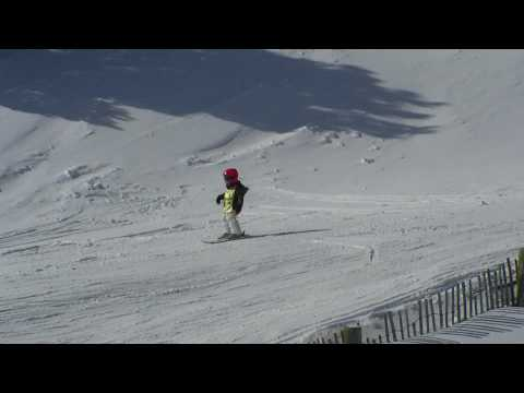 kikeadventure - Kike freestyle skiing (видео)