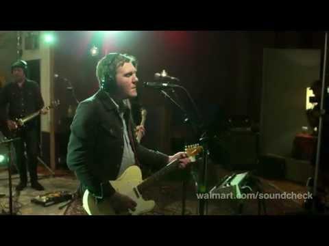 Actuación de The Gaslight Anthem en las Walmart Soundcheck Sessions.