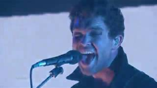 Royal Blood Performs Lights Out