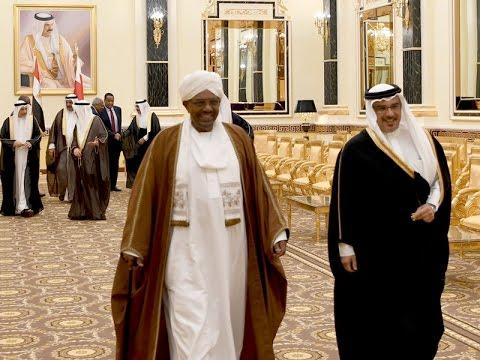 سمو ولي العهد يقيم مأدبة عشاء على شرف فخامة الرئيس السوداني