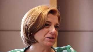 PwC Türkiye Finansal Hizmetler Sektörü Lideri Zeynep Uras, finansal hizmetler sektörü ekibinin çalışmalarını anlatıyor