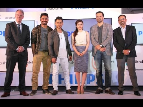 Soha Ali Khan, Kunal Khemu & Rannvijay Singh At the launch Philips 4K TV