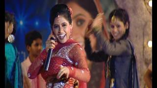 Video MUKHDA [OFFICIAL VIDEO] - MISS POOJA LIVE IN CONCERT 2 (JUGNI) - {FULL SONG} HD MP3, 3GP, MP4, WEBM, AVI, FLV Maret 2019