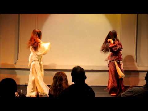 الرقص المغربي - Teaser from Oriental Hips' last performance at Al Farah (Oslo 2013). Dancers: Lamya Taoussi, Amina Bacali Choreography: Lamya Taoussi Music: Chebba Zina (Haw...
