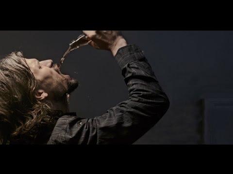 Preview Trailer Alcolista, teaser trailer italiano
