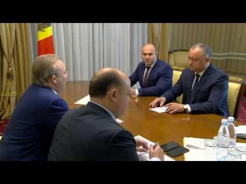 "Președintele Igor Dodon a avut o întrevedere cu Andrei Nazarov, co-președintele organizației ""Delovaia Rossia"""