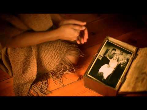 Jacaranda 94.2 Eksklusief: Karlien van Jaarsveld – Jakkals Trou Met Wolf se Vrou