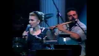 Googoosh In Concert 2013 Part 2 [ HD ]-فائقه آتشین