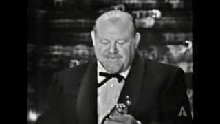 Video Burl Ives Wins Supporting Actor: 1959 Oscars MP3, 3GP, MP4, WEBM, AVI, FLV November 2018