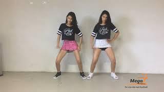 Aprenda a coreografia e dance com a gente! Gostou? Curta, deixe seu comentário e inscreva-se no canal!Facebook Oficial: https://www.facebook.com/OficialYoutubegemeascom/Instagram Oficial: https://www.instagram.com/gemeas_com/