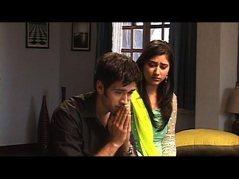 Video Pankhuri And Aditya Gets Emotional - Pyaar Ka Dard Hai download in MP3, 3GP, MP4, WEBM, AVI, FLV January 2017
