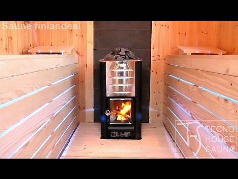 Sauna finlandese con stufa a legna