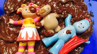 IN THE NIGHT GARDEN Toys Chocolate Pudding Mud Bath!