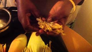 Valaipoo Arivathu Eppadi Or How To Clean And Cut  Banana Flower Or Valaipoo Or Plaintain Flower