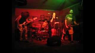 Post-coital silence videoklipp Twisted Circle (Live)