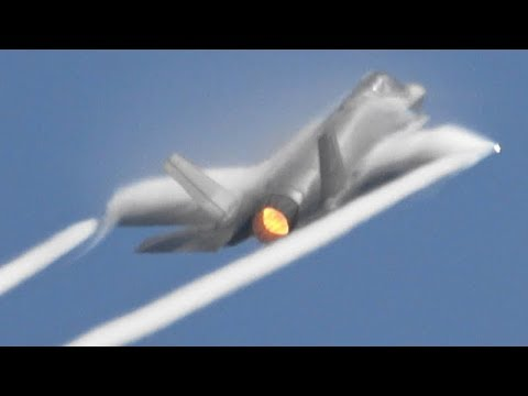 RIAT2018 F-35A Super Powerful Demo ! USAF The Royal International Air Tattoo