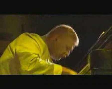 Iiro Rantala New Trio - La Toalla online metal music video by IIRO RANTALA