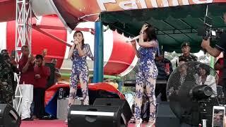 Duo srigala mengoyang singapore land waterpark batu bara