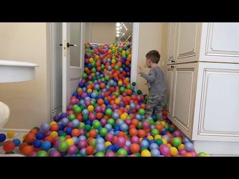 Сеня и 1 МИЛЛИОН Шариков! Цветные шарики Везде!
