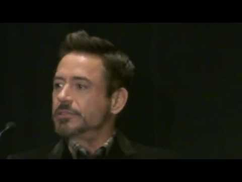 Robert Downey jr. nos presenta Iron Man 3 en Comic-Con 2012