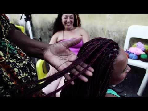 Negra Jhô e cabelos afros em Salvador // videorreportagem Carol Thomé