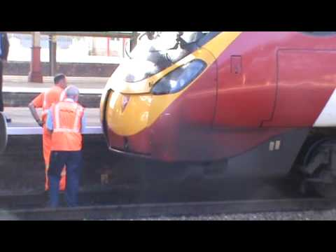Virgin Pendolino Coupling Front Panel Trouble