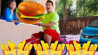 Wendy Pretend Play w/ Hamburger Drive Thru Restaurant Fast Food Toy Store