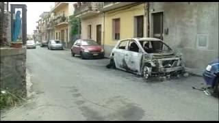 Fiumefreddo di Sicilia Italy  city photos : Fiumefreddo di Sicilia. Rogo doloso, vettura proprietà di autonoleggio