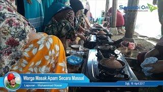 Warga Masak Apam Secara Massal di Caleu