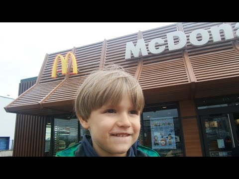 Jet - Visiting McDonald's to for New Halloween Toys and Car Jet Wash !! Subscribe pls:http://www.youtube.com/user/coolpinsky My photography Website: http://arcadiusphotography.com/ ...
